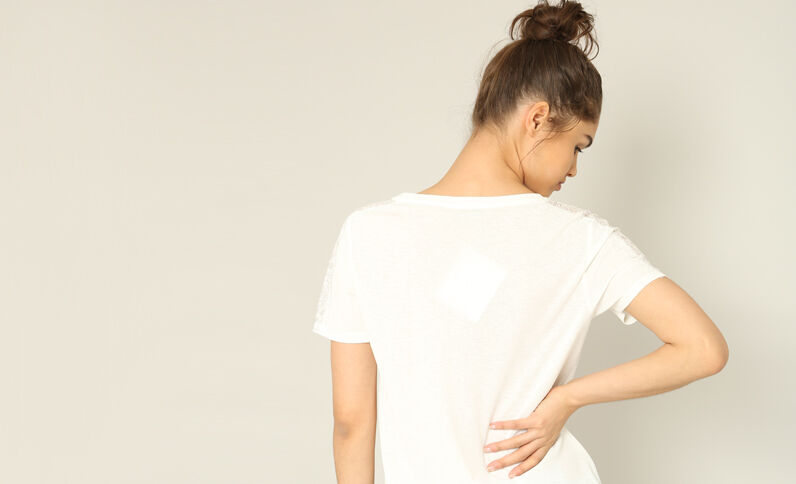 Kanten T-shirt gebroken wit