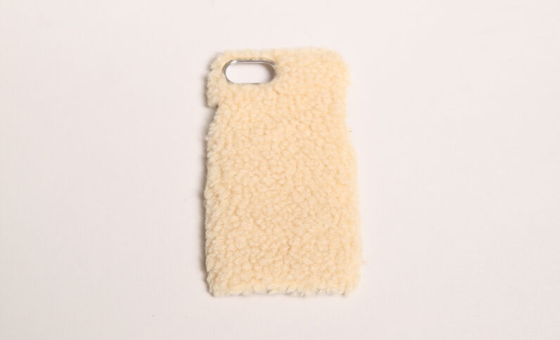 Coque iPhone fourrure écru