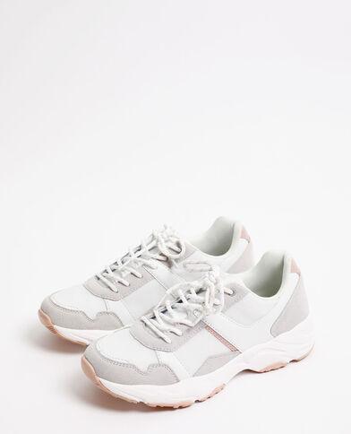 Sneakers in de stijl van gymschoenen gebroken wit
