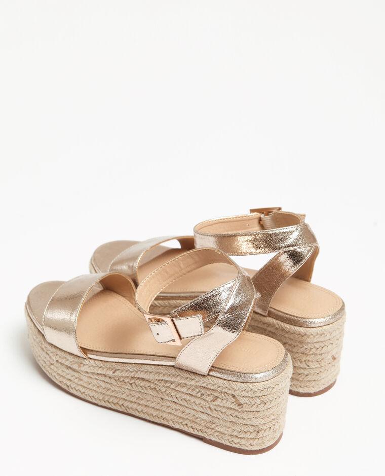 Goudkleurige sandalen met plateauzool geel