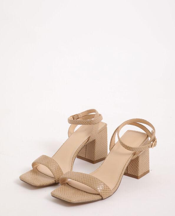 Sandalen met krokodillenleereffect beige