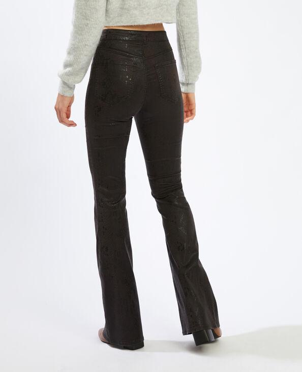 Gecoate flared broek met slangenpatroon wit - Pimkie