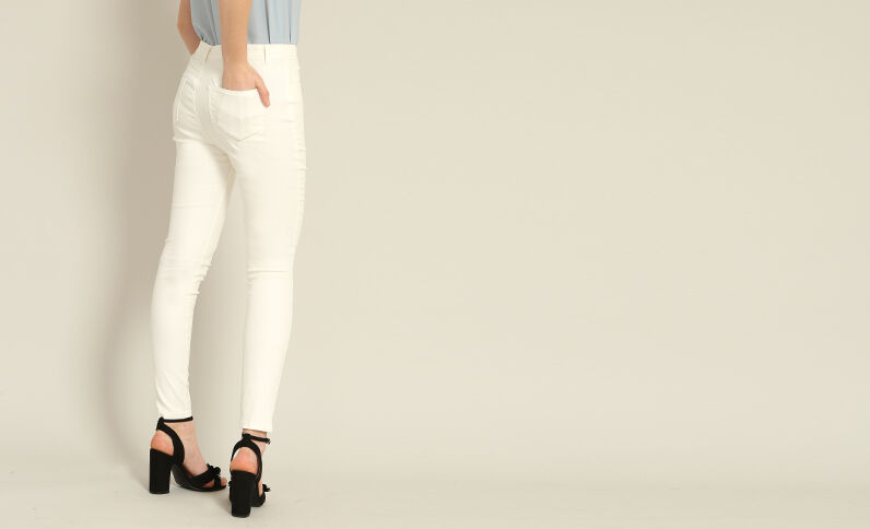 Skinny broek met coating wit