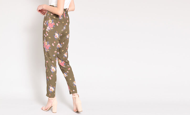 Soepelvallende broek met print groen