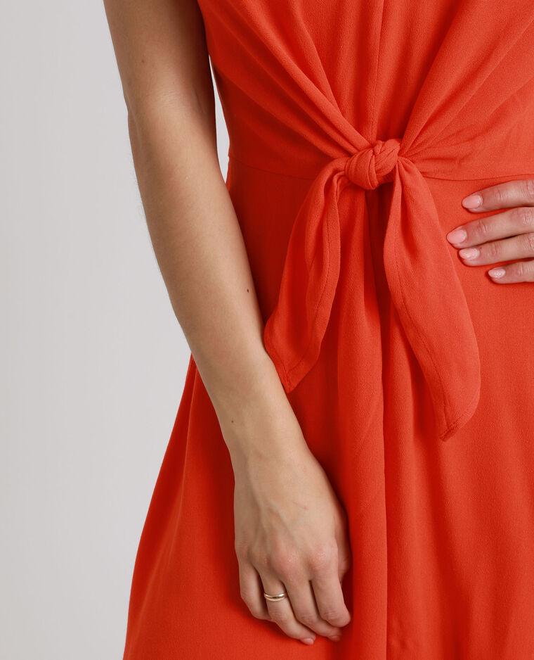 Robe nouée poitrine rouge