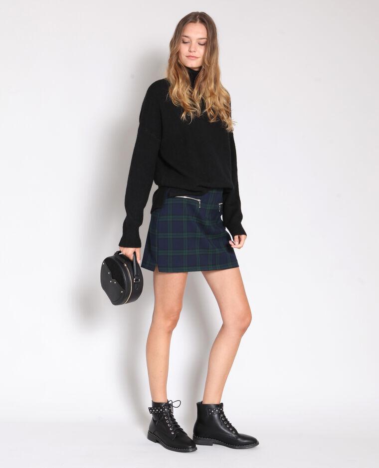 Warme trui zwart