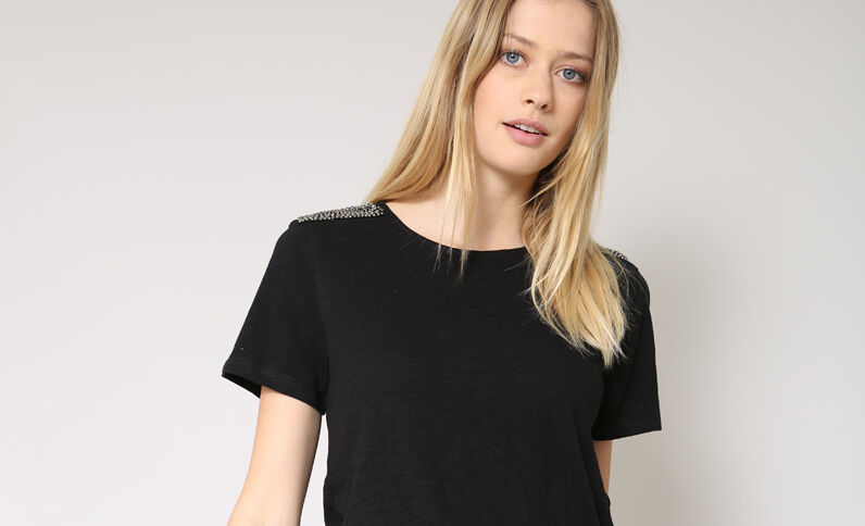 T-shirt à perles noir
