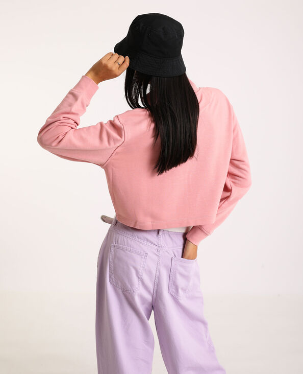 Sweat cropped rose