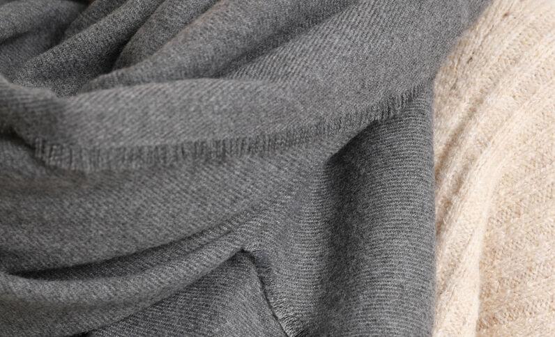 Grote omslagdoek grijs