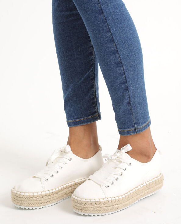 Gymschoenen met plateauzolen gebroken wit
