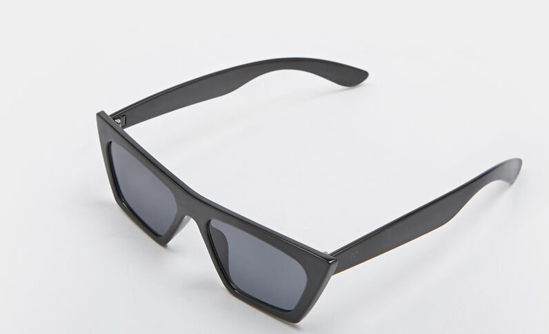 Geometrische zonnebril zwart