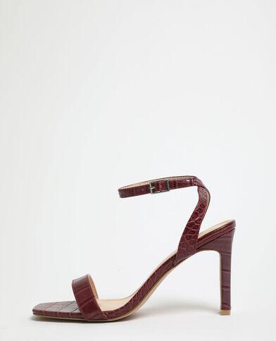 Sandalen met hakken en krokodillenleereffect granaatrood
