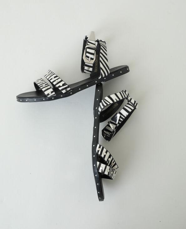 Sandales zébrées cloutées Camel - Pimkie