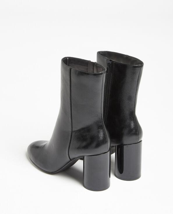 Laarzen met ronde hakken zwart