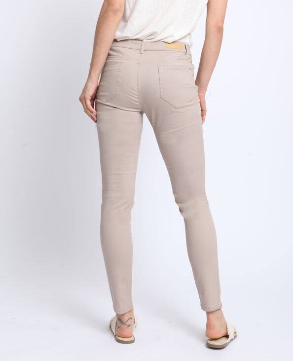 Push-up broek met middelhoge taille beige