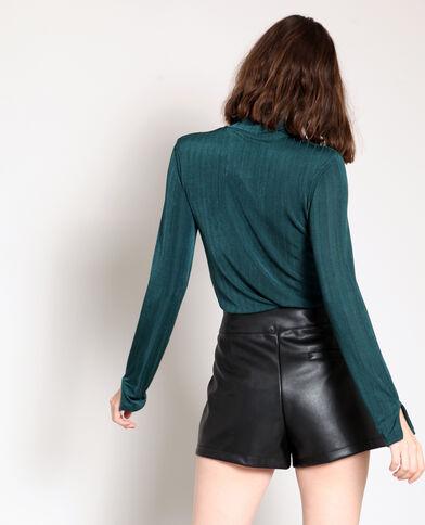 T-shirt col roulé vert