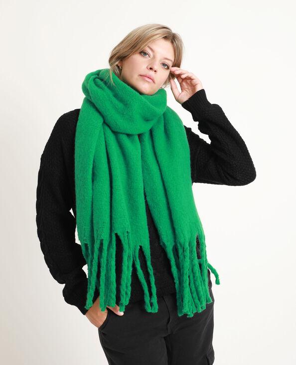 Dikke sjaal met grote franjes groen