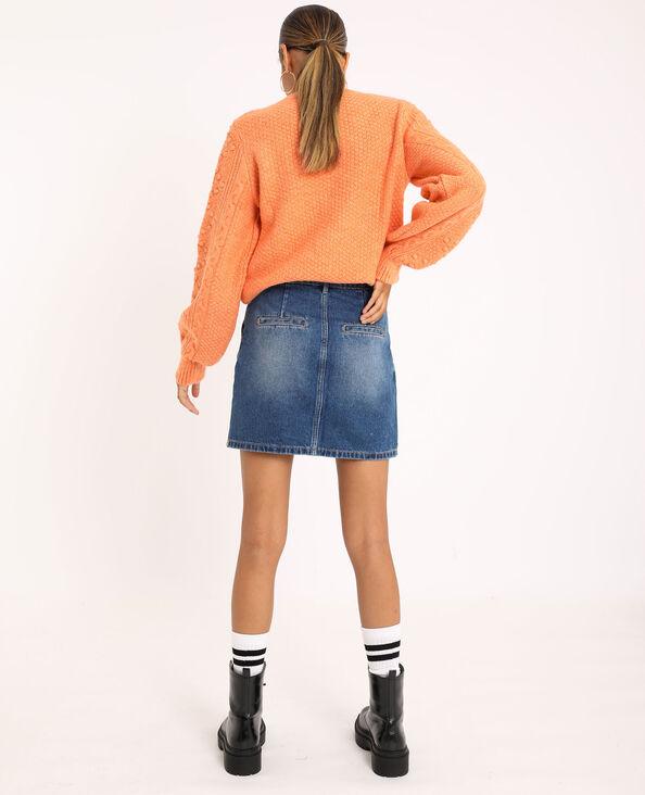 Trui van origineel tricot roestkleur