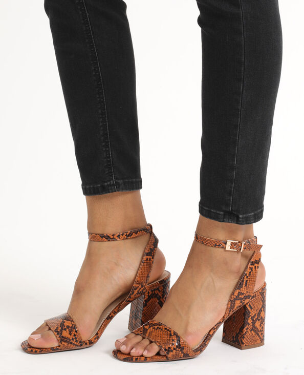 Sandalen met pythonprint kastanjebruin