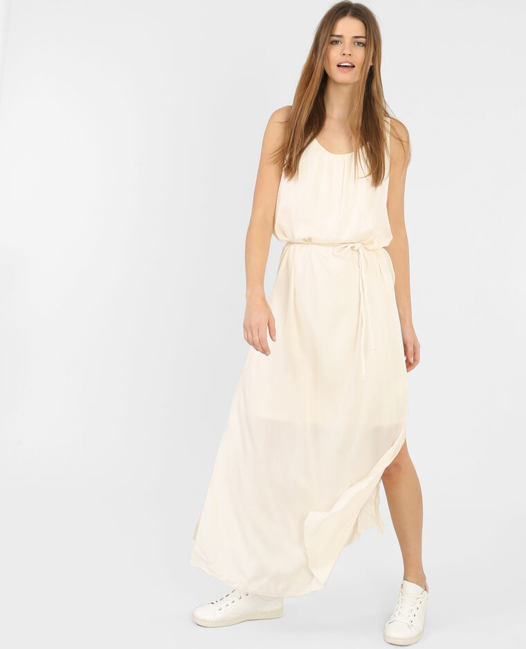 bafb2bff014f5 Robe longue ceinturée blanc cassé - 780389918A09   Pimkie