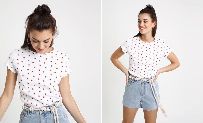 T-shirt met aardbeienprint wit