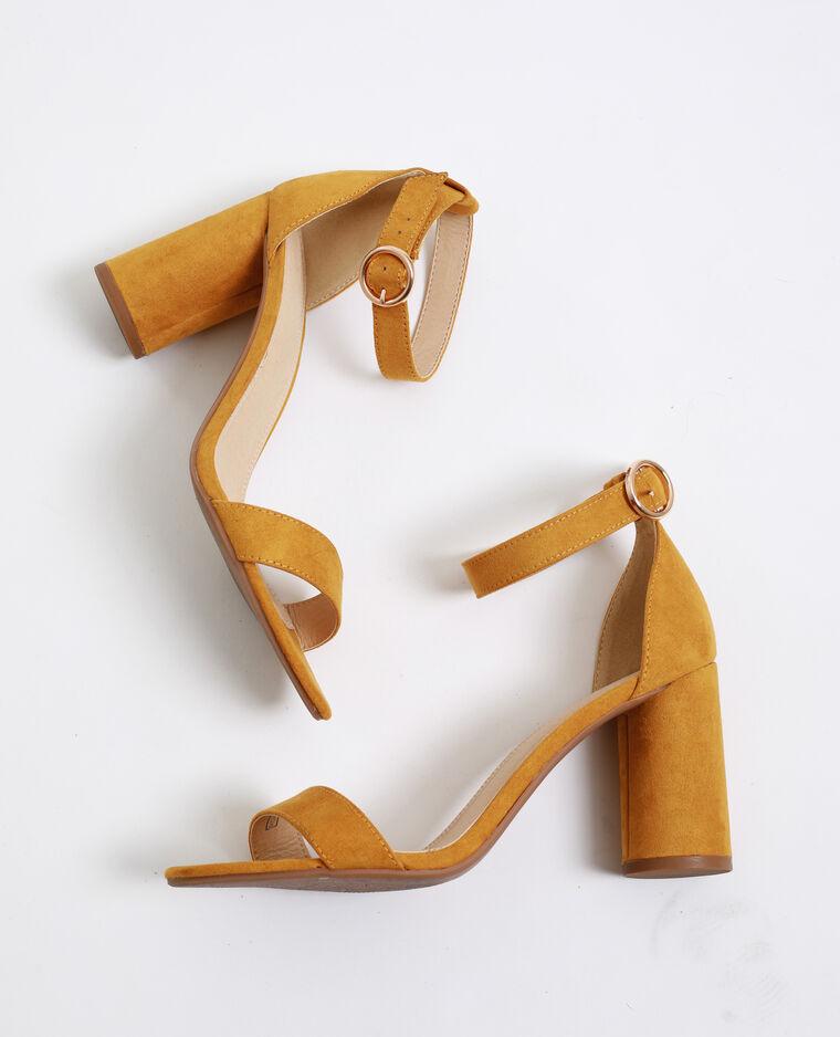 Sandalen met ronde hakken geel