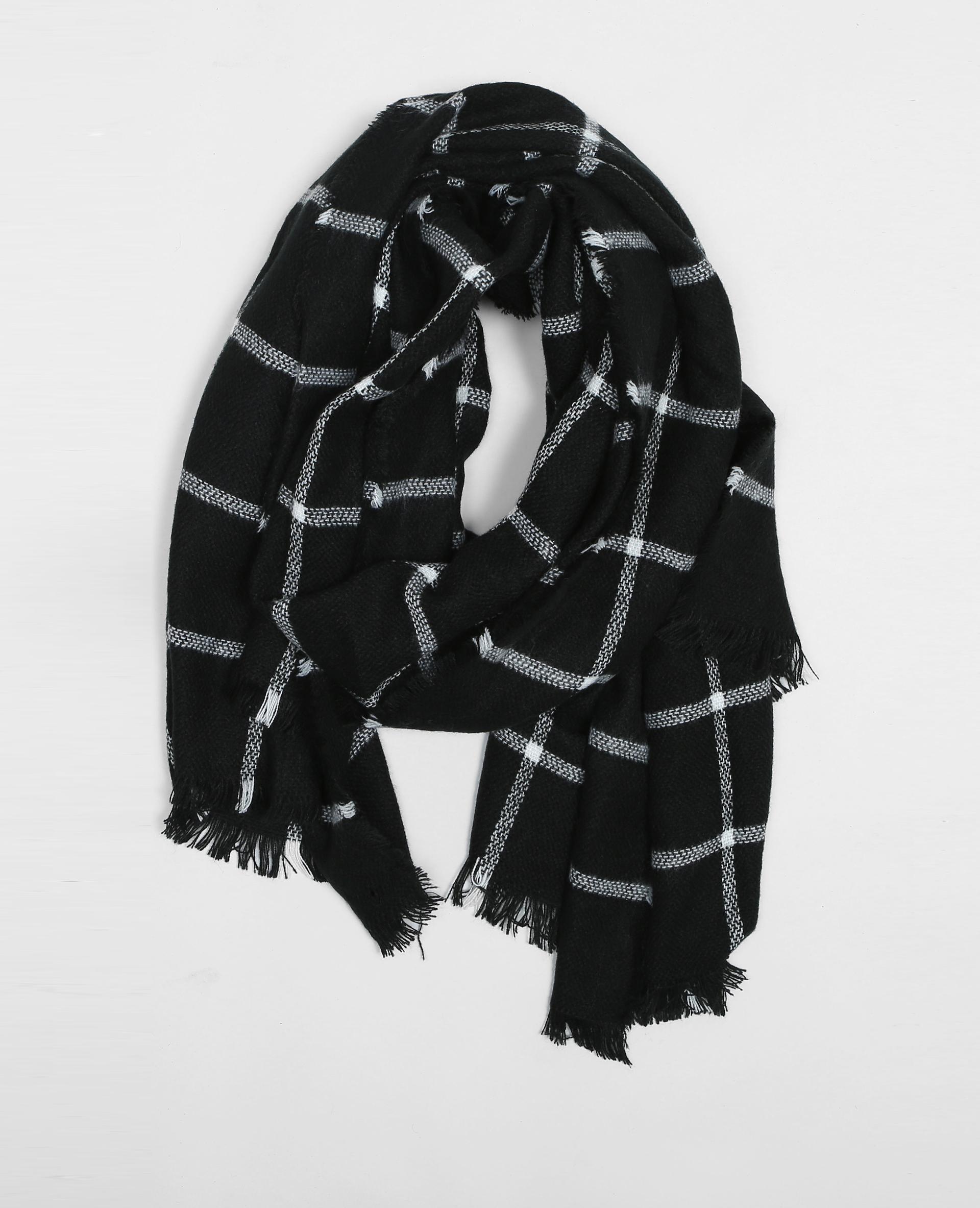 Maxi écharpe à carreaux noir - 902062899B09   Pimkie 72e9882e3a3